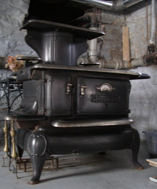 Glenwood Kitchen: Found My Cookstove!